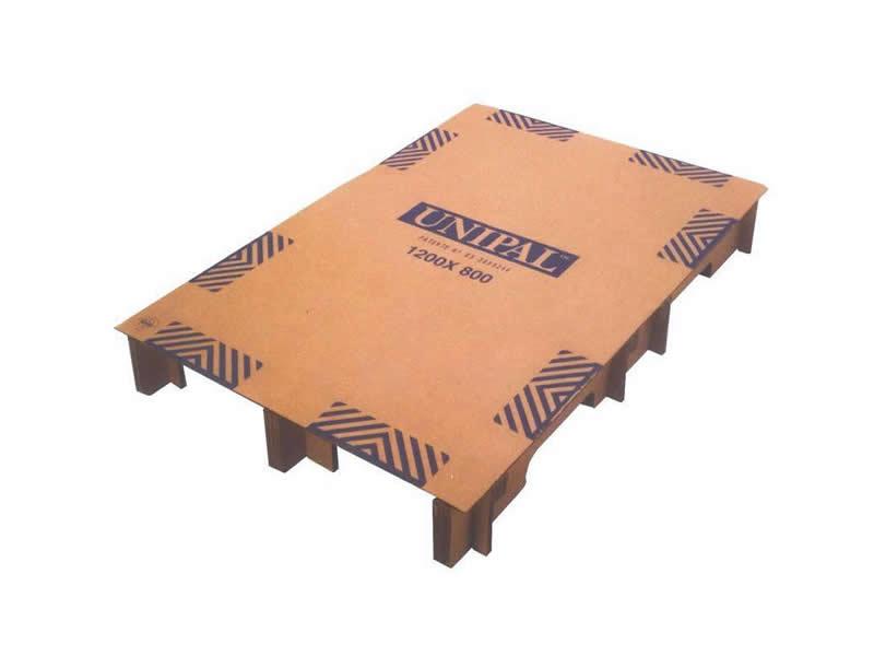 Palets de cartón aglomerados, plástico y madera
